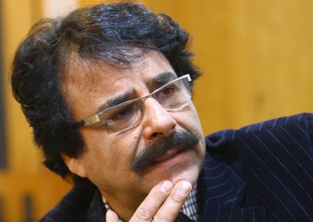 علیرضا افتخاری درگذشت استاد شجریان را تسلیت گفت