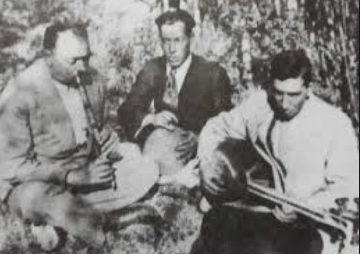 آبان و یادی از «اکبرخان نوروزی» به روایت استاد «حسن کسائی»