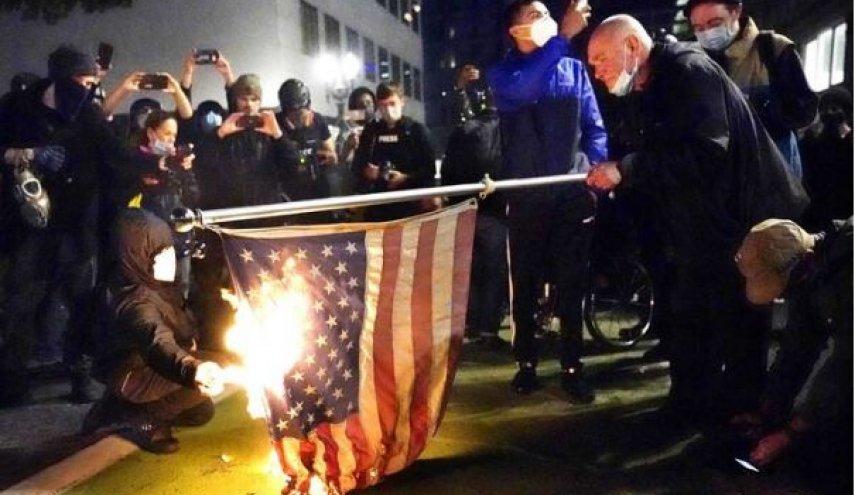 ترامپ، آتش بیار معرکه انتخابات آمریکا
