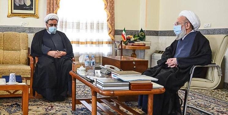 وزیر ارشاد از آیت الله محمدی ری شهری تجلیل کرد