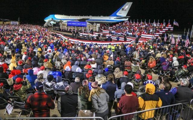 عدم رعایت محدودیتهای کرونایی در کارزار انتخاباتی ترامپ